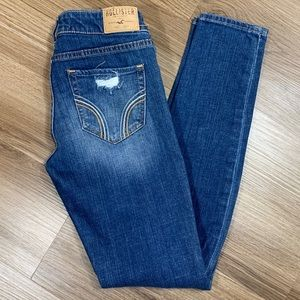 Hollister Distressed Jeans Size 3S